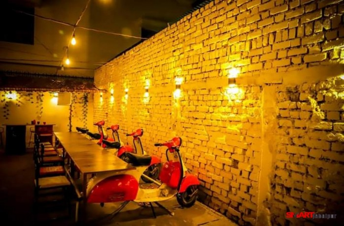 best-cafe-restaurant-in-wright-town-jabalpur-food-garage-cafe-in-wright-town-jabalpur-big-1