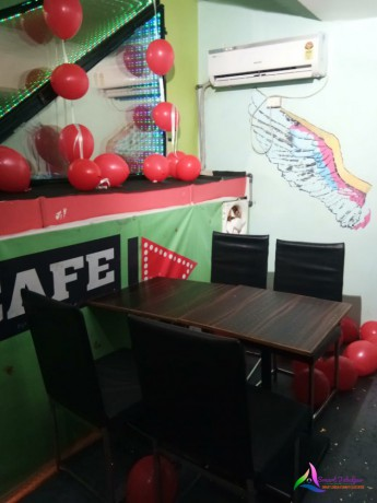 cafe-play-big-1