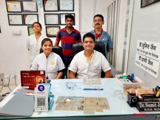 Best dentist dental surgeon orthodontist clinic office in jabalpur| Dr Sumit Jain in jabalpur| Smile N Braces Superspeciality Dental Clinic